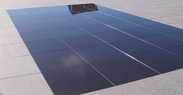 Suelo fotovoltaico transpirable